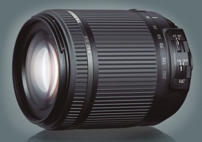 Tamron's 18-200mm zoom