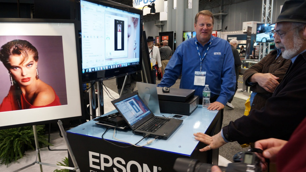 Epson's top of the line 850 scanner now uses LED lighting.