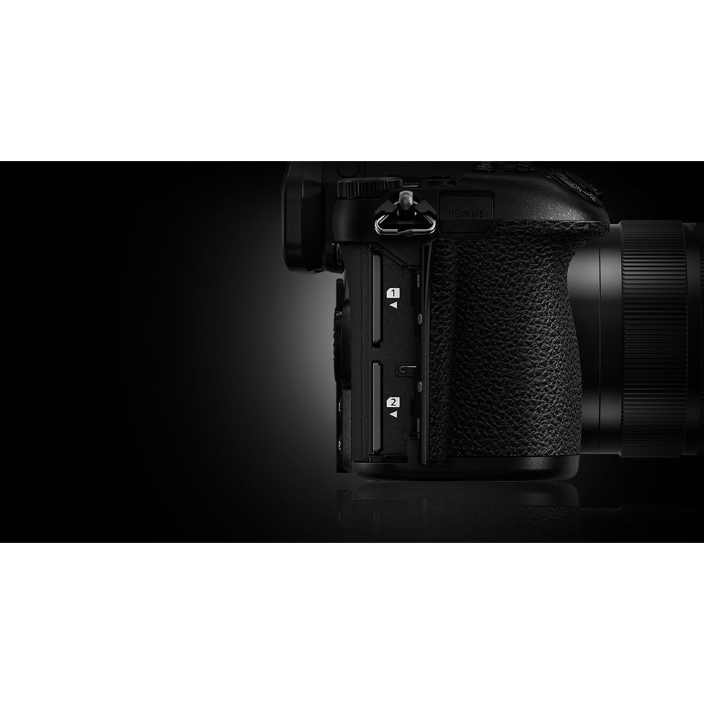 The Panasonic Lumix G9 has two memory-card slots.