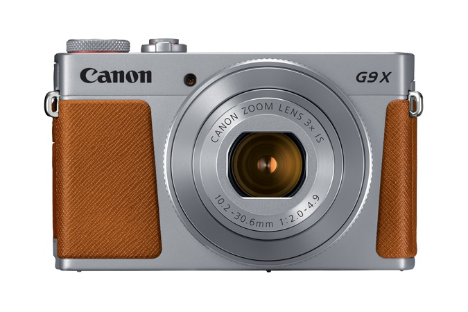 The Canon PowerShot G9 X Mark II's lens is a fast f/2.0.