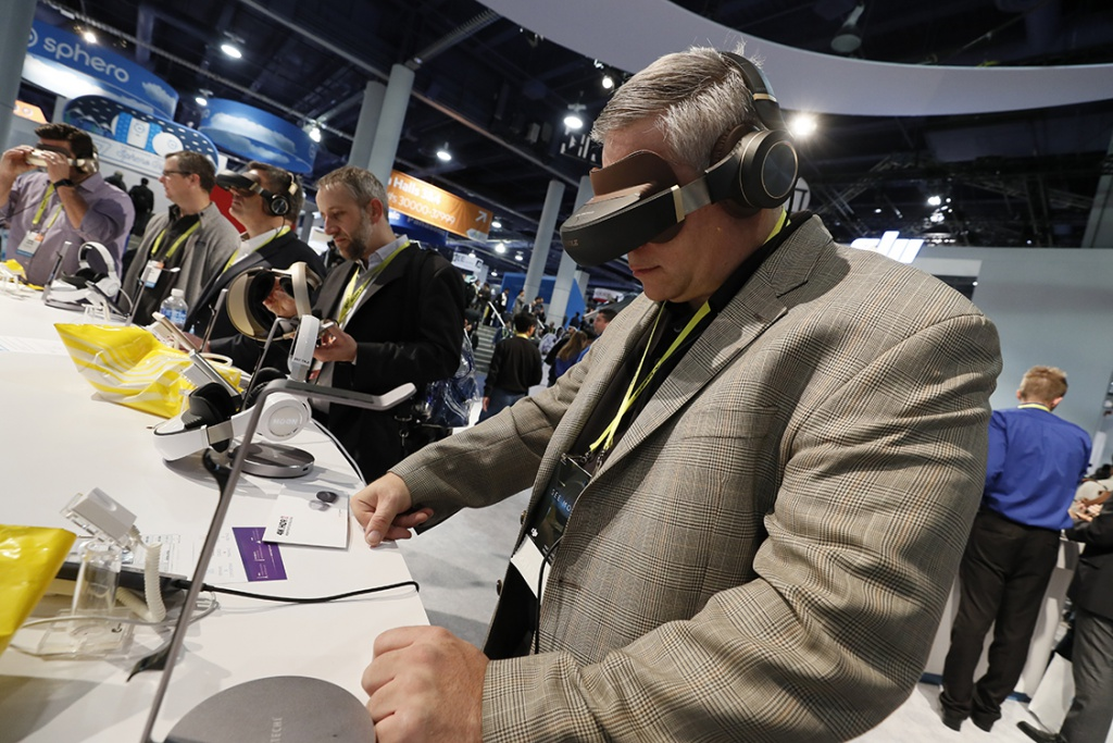 Virtual reality was plentiful at CES 2017. (CES 2017)