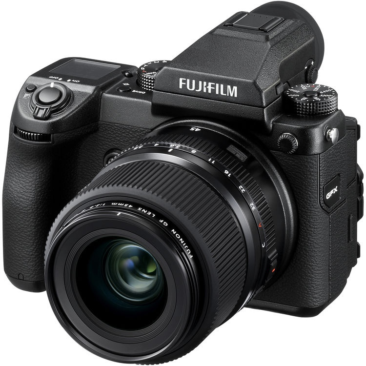 The Fujinon f/2.8 GF45mm R WR mounted to the 50S body.