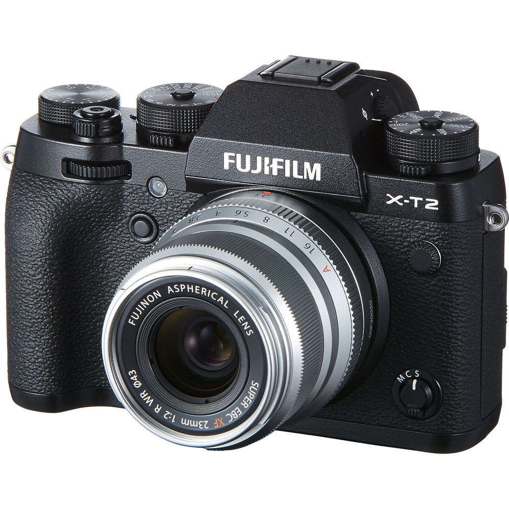 The silver Fujinon XF23mmF2 R WR mounted on the Fujifilm X-T2,