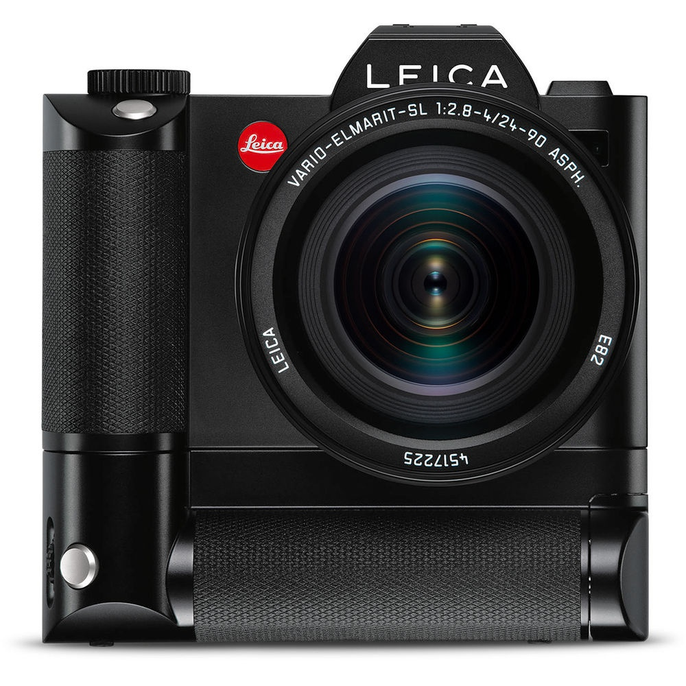 The Leica HG-SCL4 SL battery grip provides excellent handling when the camera is rotated for portraits.