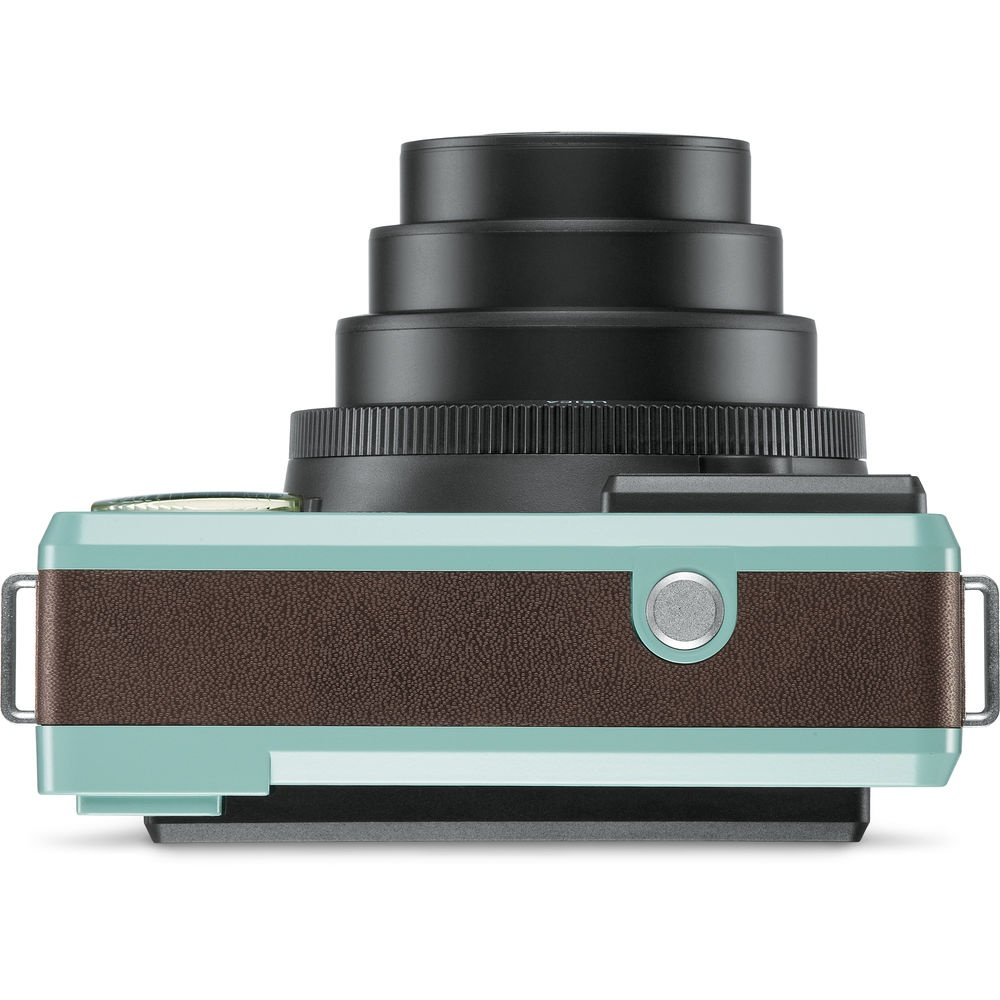 The Leica SOFORT top deck has only the shutter release.