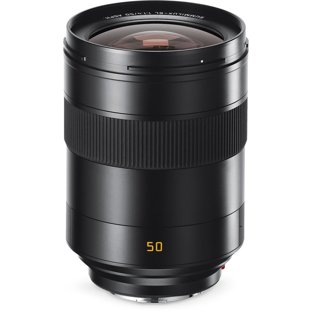 The Leica Summilux-SL 50mm f/1.4 ASPH. uses internal focus so the barrel never rotates or extends.