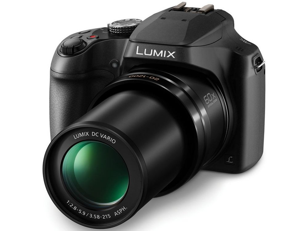The 20-1,200mm full-frame equivalent lens fully extended.