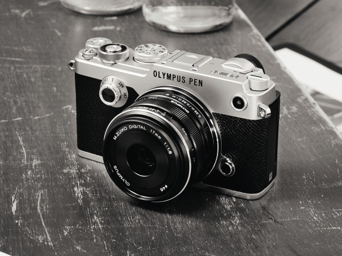 Olympus PEN-F has no low-pass filter.