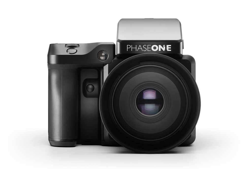 The front of the Phase One XF 100MP.