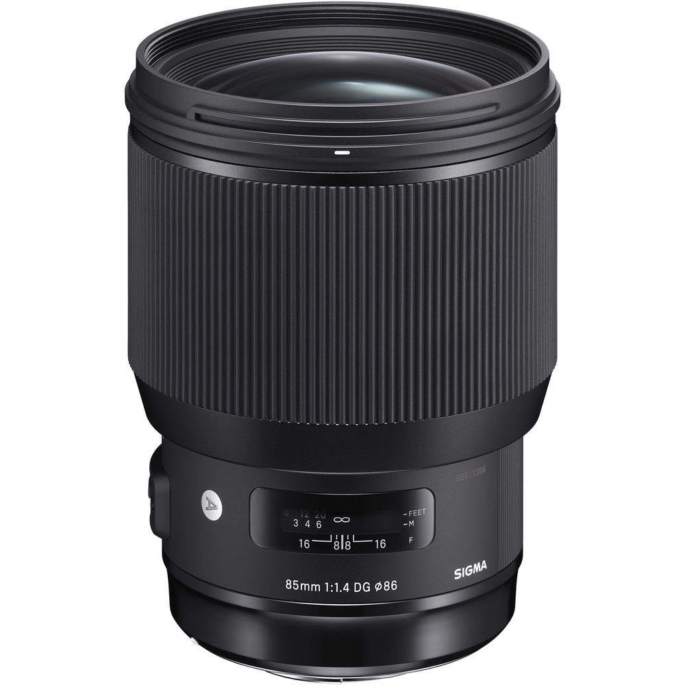The Sigma 85mm f/1.4 DG HSM uses an updated Hyper Sonic Motor.