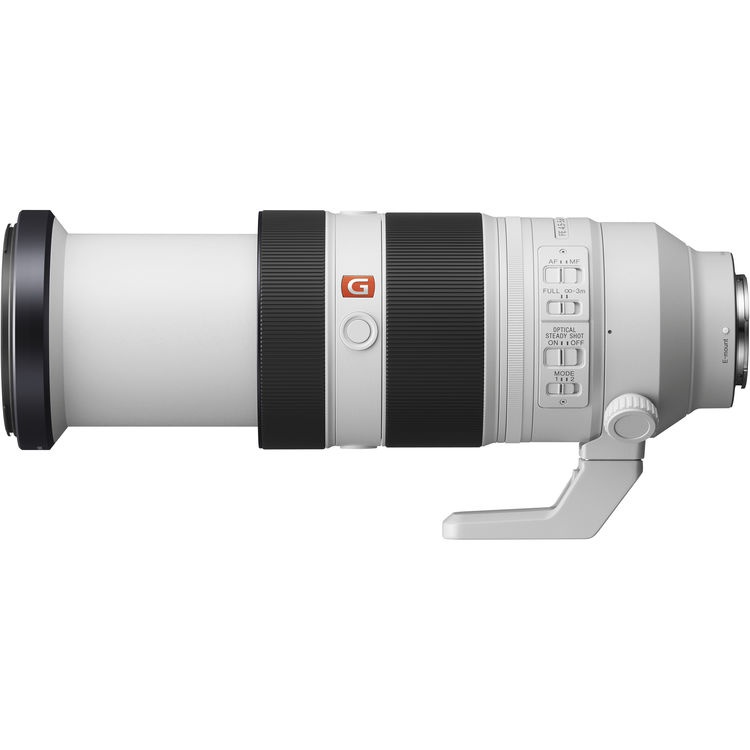 The Sony FE f/4.5-5.6 100-400mm GM OSS does not zoom internally. The barrel extends.