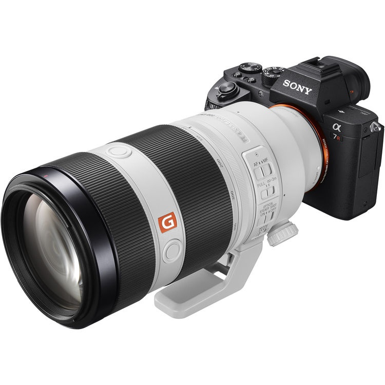 The Sony FE f/4.5-5.6 100-400mm GM OSS is seen mounted to the A7R body.