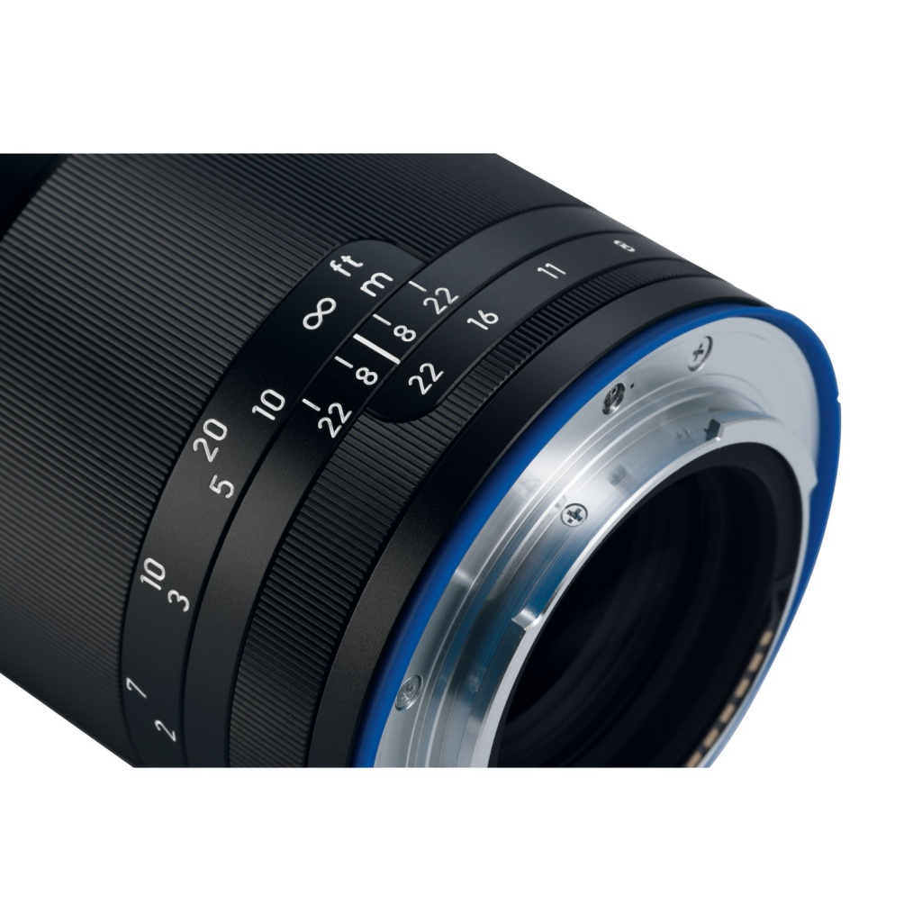 The distance and depth-of-field scales of the Zeiss Loxia f/2.4 85mm.