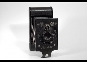 Contessa-Nettel Piccolette camera
